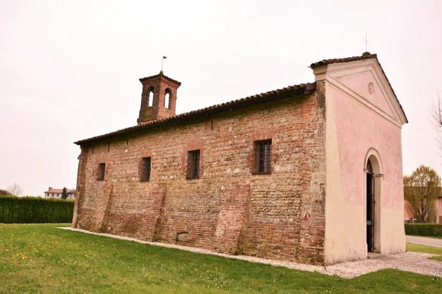 Chiesetta San Massimo, uno dei tesori di Valle Agredo