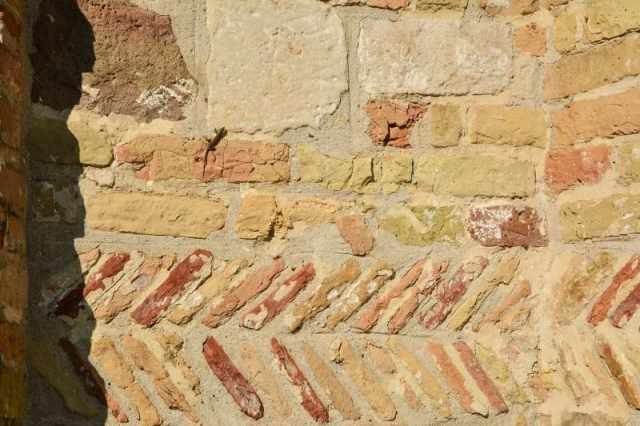 Pozzoveggiani - particolare muro esterno ©RobertaZago padovaedintorni.it
