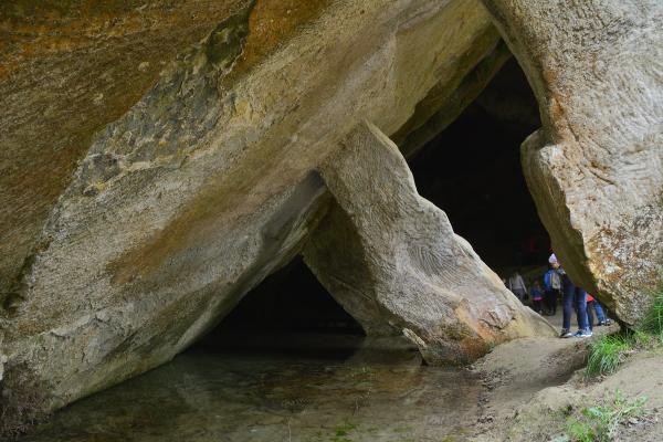 Grotte del Caglieron: combinazione perfetta tra natura e mano dell'uomo
