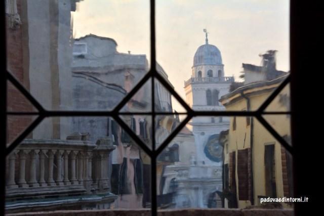Palazzo della Ragione Padova - vista su piazza dei Signori ©RobertaZago padovaedintorni.it