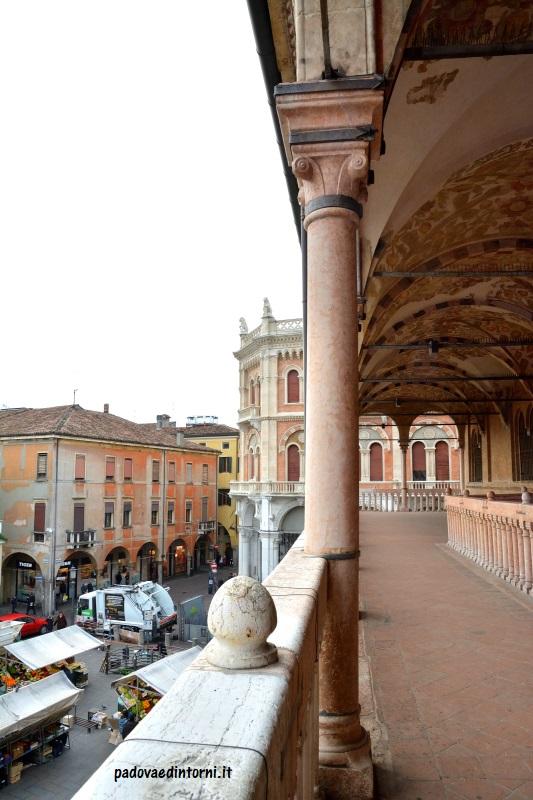 Palazzo della Ragione - vista su Piazza delle Erbe ©RobertaZago padovaedintorni.it
