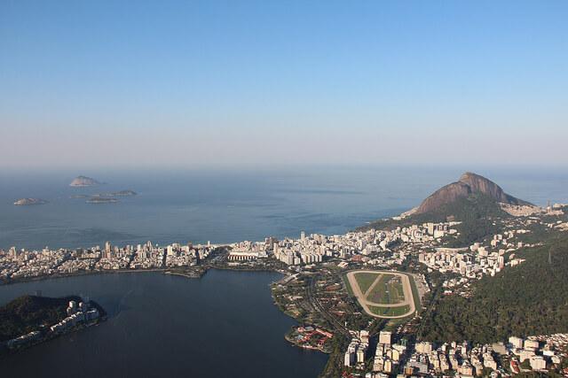 O crescimento da vaidade no Brasil.