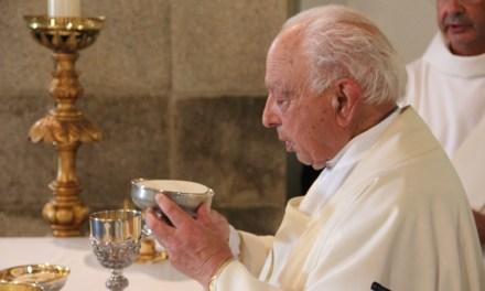 Paróquia de Seia: Homenagem ao padre Joaquim Teixeira.