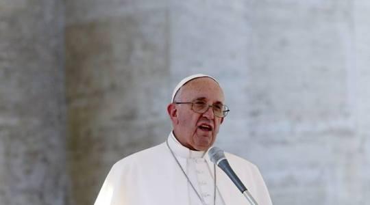 Papież na Mszy w czwartek: ulegać Duchowi Świętemu, nie prawu