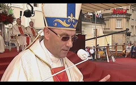 Uroczysta msza święta na Jasnej Górze ( Vatican Service News - 26.08.2017)