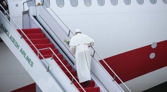 Zakończenie pielgrzymki Ojca świętego Franciszka do Azji(Vatican Service News - 02 .12.2017)