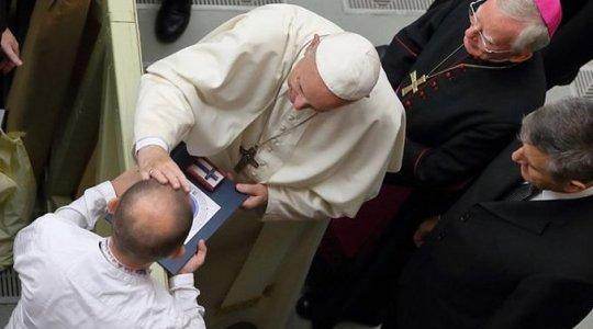 Niezwykłe prezenty ofiarowane Ojcu Świętemu (Vatican Service News - 11.10.2018)