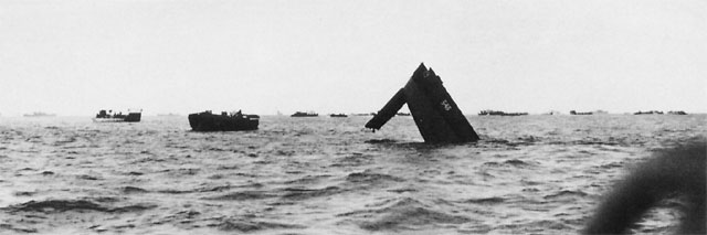 lcm sinking at tarawa