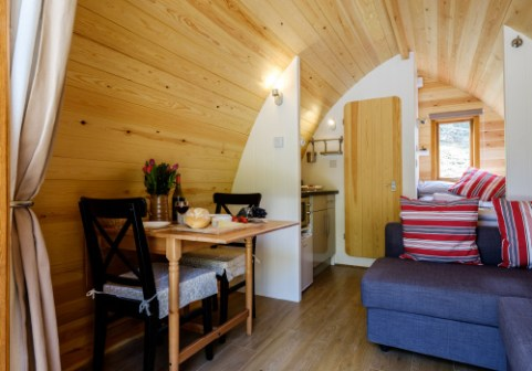 Padstow-creek-holiday-accommodation-cornwall-luxury-glamping-pods2-3