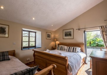 Padstow-creek-holiday-accommodation-cornwall-luxury-glamping-pods-padstow-25