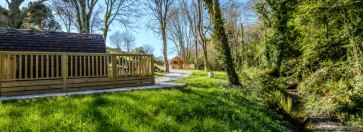 Padstow-creek-holiday-accommodation-cornwall-luxury-glamping-pods-padstow-hero-2-5