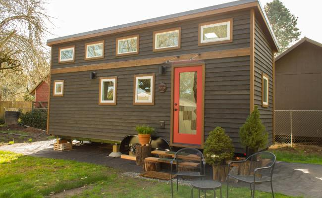 How Much Does A Tiny House Cost Diy Building Vs Buying