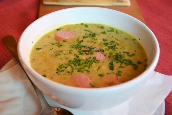 Влашский суп с сосисками