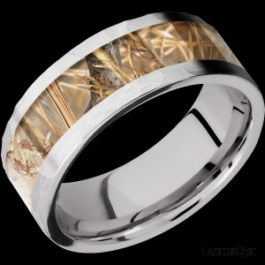 Men's 8 mm wide, flat, Titanium band with one 5 mm inlay of King's Field Camo with a polish finish.