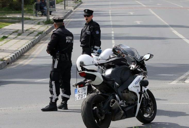 """Τρεις συλλήψεις με το """"καλημέρα"""" οι ΜΜΑΔίτες στην Γεροσκήπου"""