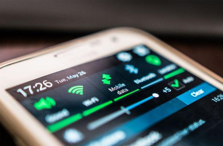 Παρόλο τον ανταγωνισμό χρυσοπληρώνουμε το internet στα κινητά