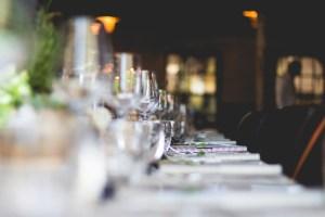 Προμηθεύουμε με παγάκια εταιρείες catering σε όλη την Αθήνα