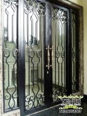 Pintu Besi Tempa Klasik (14)