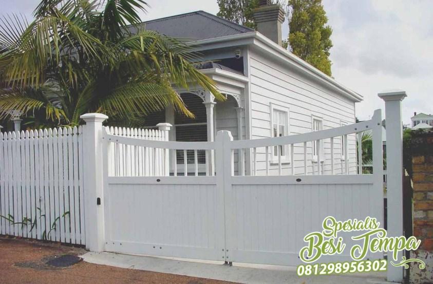 Pagar GRC Kayu Woodplank Warna Putih Minimalis dan Modern 4