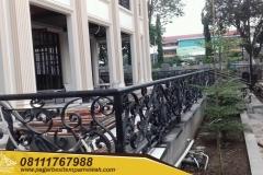 Railing-Balkon-Besi-Tempa-Klasik-Mewah-Modern-54