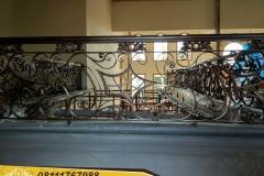 Railing-Tangga-Besi-Tempa-Klasik-Mewah-Modern-57