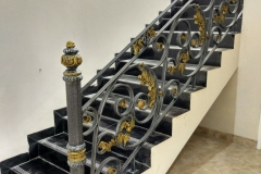 Railing-Tangga-Besi-Tempa-Klasik-Mewah-Modern-70