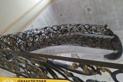 Railing-Tangga-Besi-Tempa-Klasik-Mewah-Modern-74
