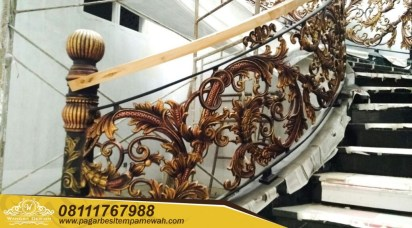 Classic Wrought Iron Stair Case (17)