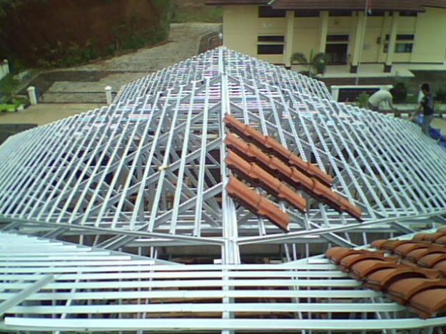 harga rangka atap baja ringan di malang jasa pasang | kanopi ...