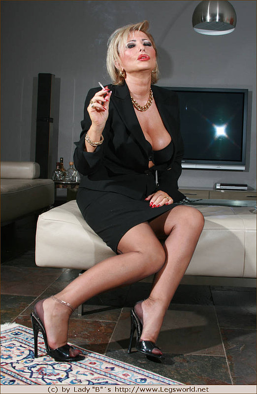 smoking femdom tumblr