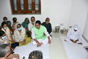 CM in gangotri Vihar:
