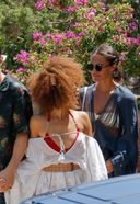 alicia vikander spotted having lunch with friends in ibiza 3. o 128w 186h