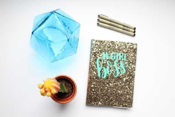 How to Customize your Bullet Journal with Vinyl: This quick addition to your journal can make a world of difference! Click through for the full tutorial on customizing your journal cover. | www.pageflutter.com