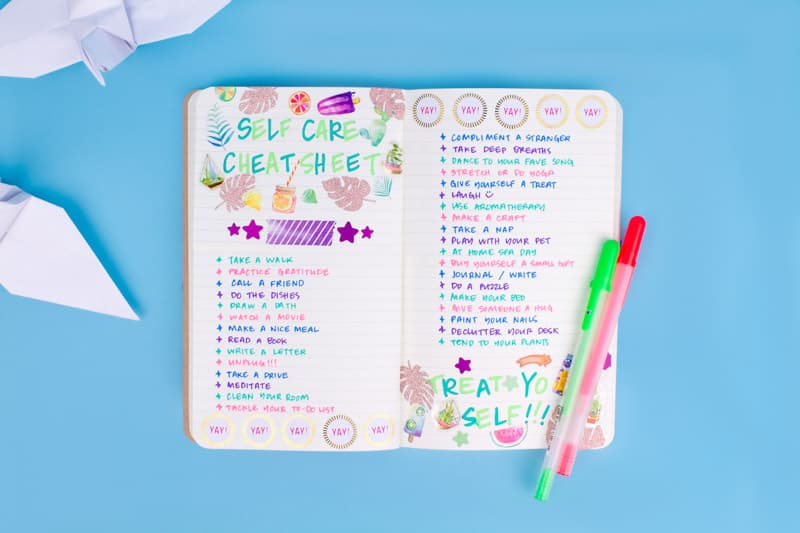 Cratejoy shares 3 Bullet Journal self-care spreads for gratitude, mood tracking, and more!