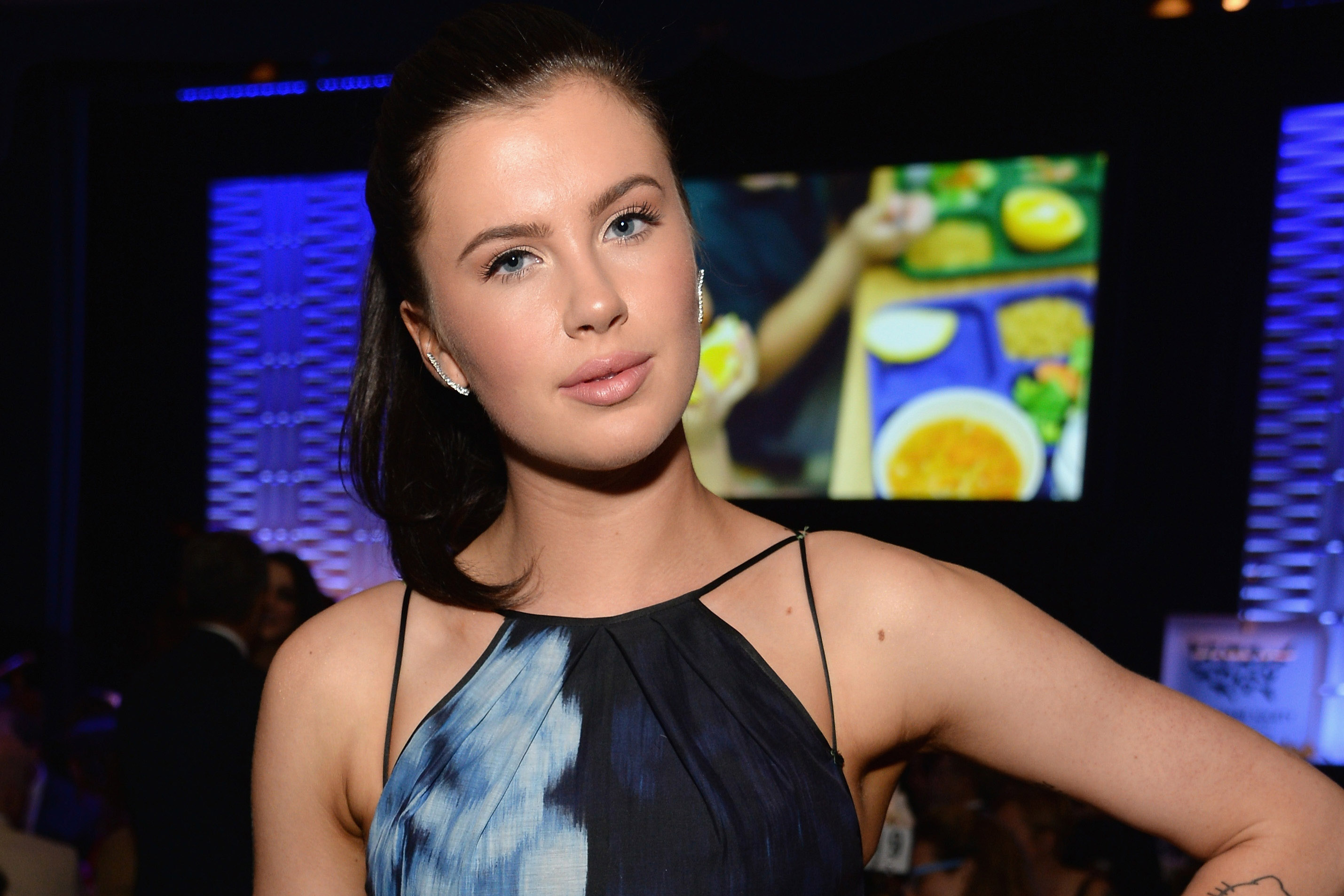 Ireland Baldwin Signs With Modeling Agency, Says She Feels