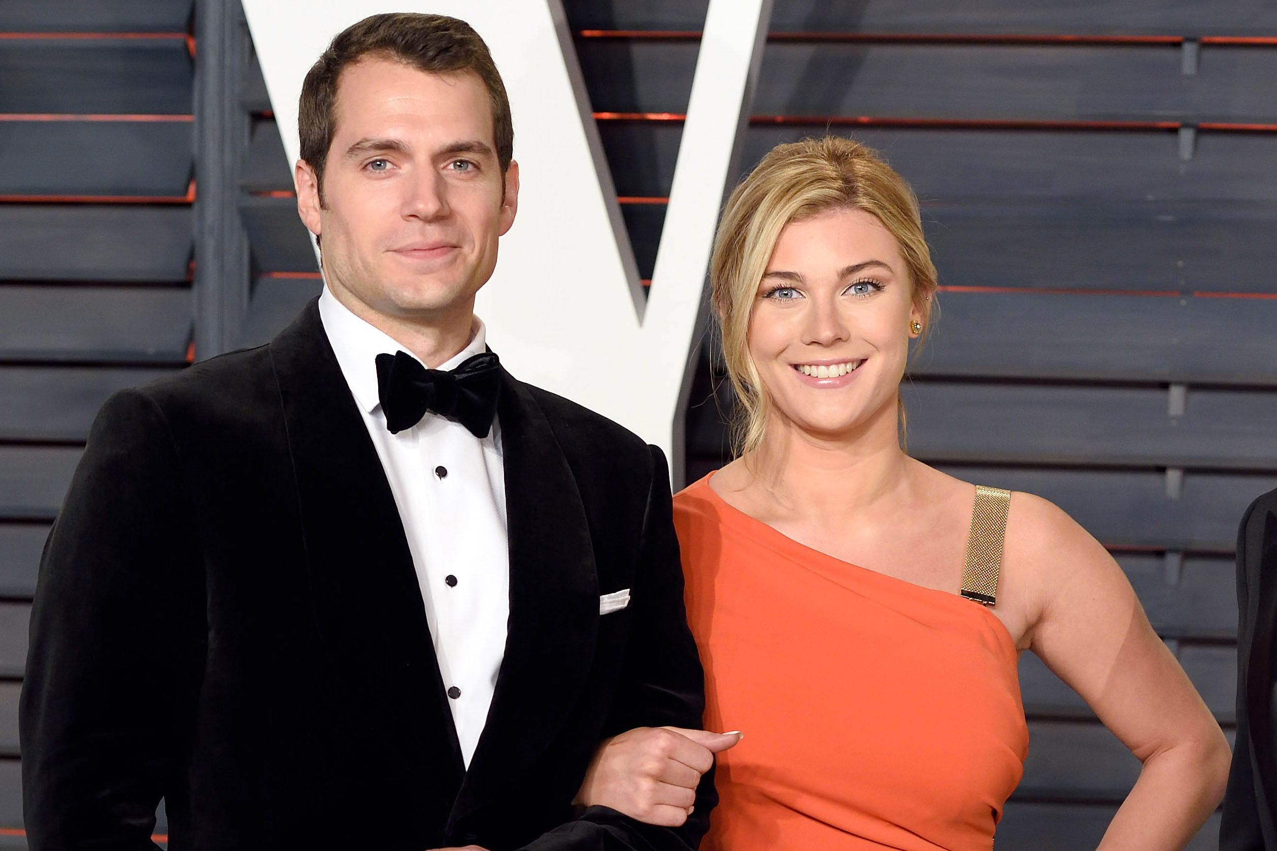 Henry Cavill Splits From 19 Year Old Girlfriend Page Six