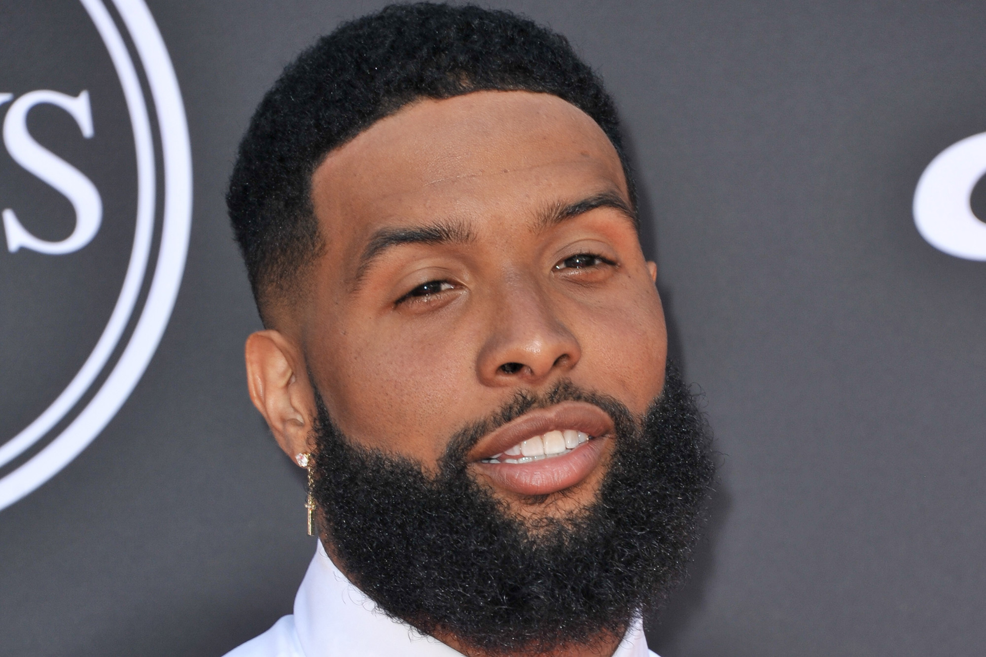Odell Beckham Jr. debuts new haircut and weird outfit at 12 ESPYs