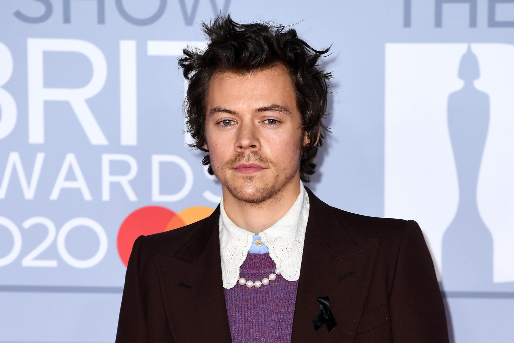 Harry Styles New Haircut Shocks Fans Dunkirk Harry Is Back