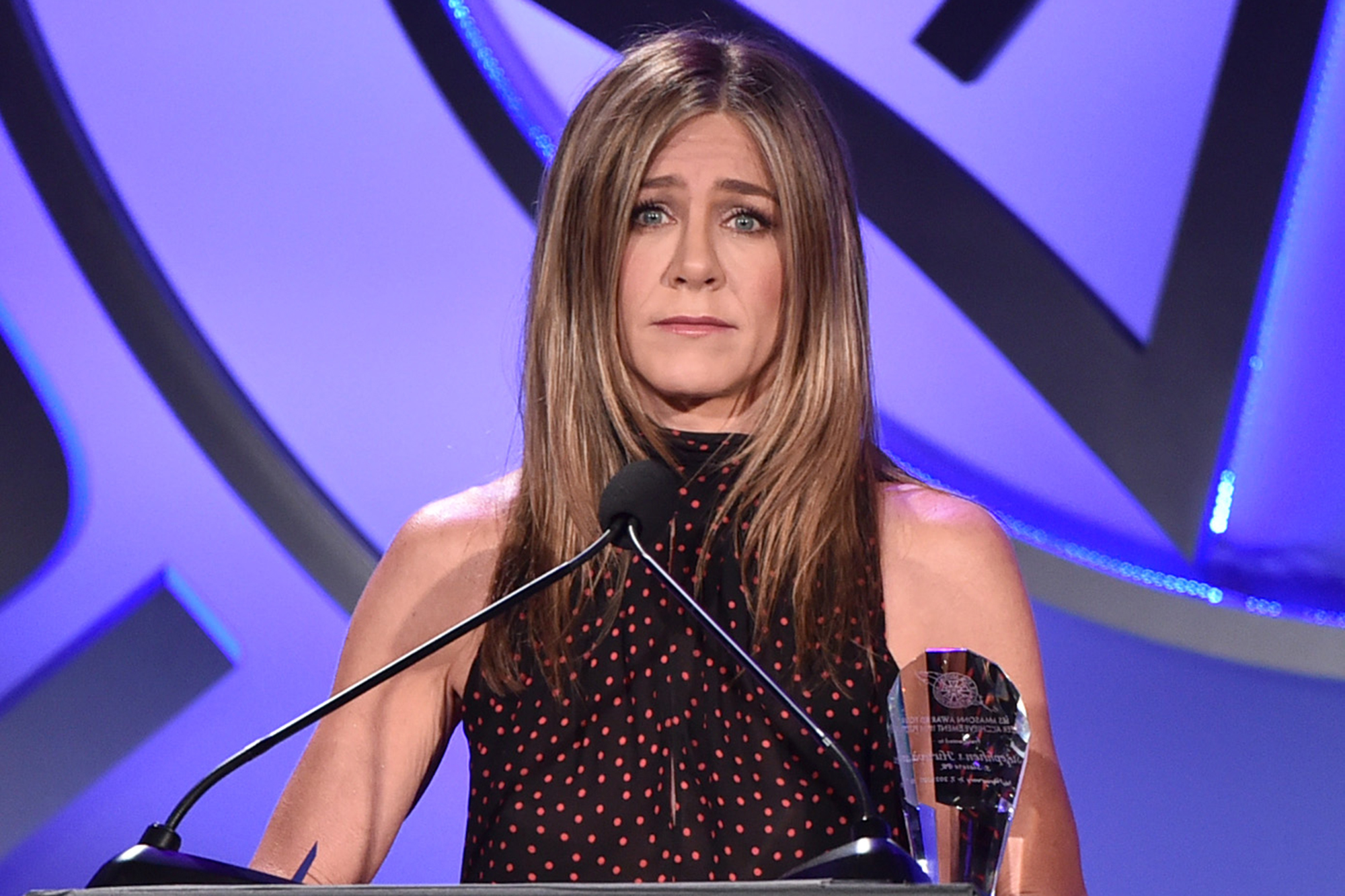 Jennifer Aniston roasted for 'first pandemic' Christmas ornament