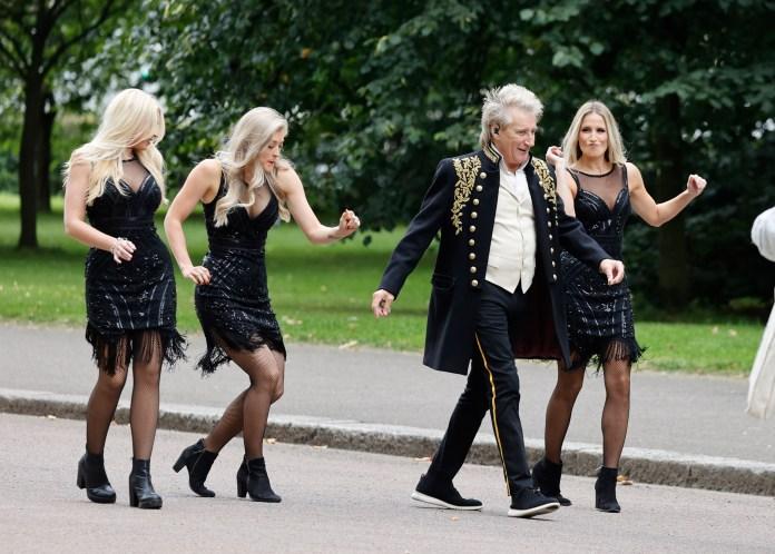 EXCLUSIVE: Rod Stewart Films Music Video
