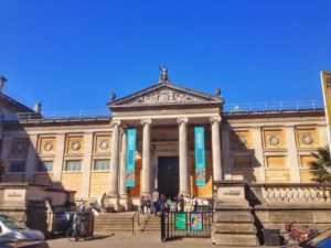 Oxford City - Oxford Dictionary: Ashmolean Museum