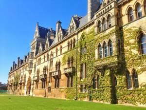 Oxford City - Oxford Dictionary: Muggle