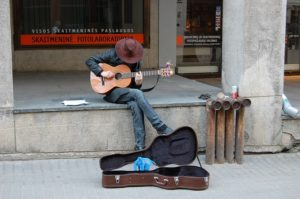 Beg-packers - busker