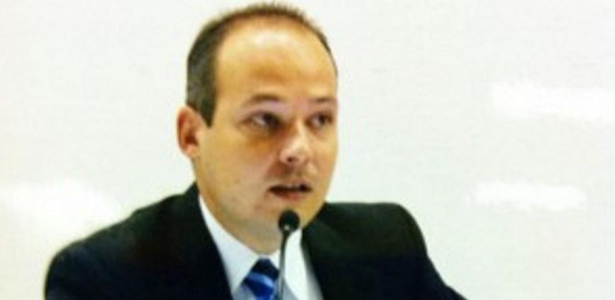 Fabiano Rabaneda é advogado e professor universitário, em Cuiabá.