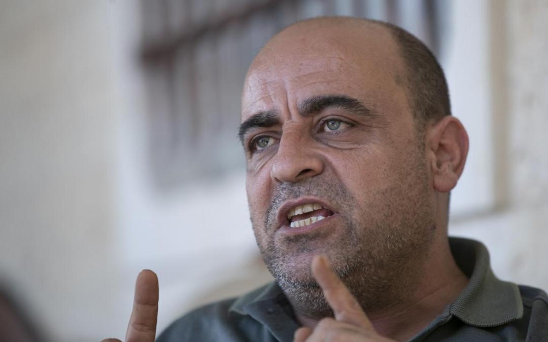 CISGIORDANIA. Si accende la protesta anti-Abu Mazen per la morte di Nizar Banat ammazzato di botte