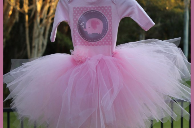 DIY Baby Tutu {No Sewing Required}