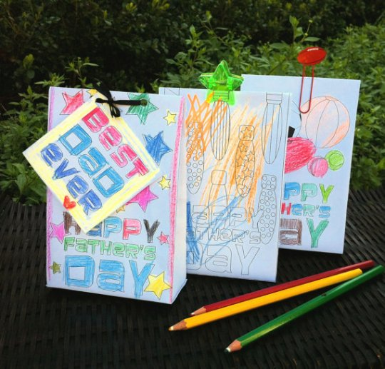 Colour Your Own Father's Day Gift Bag