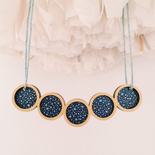 beautiful-star-styled-necklace-from-etsy