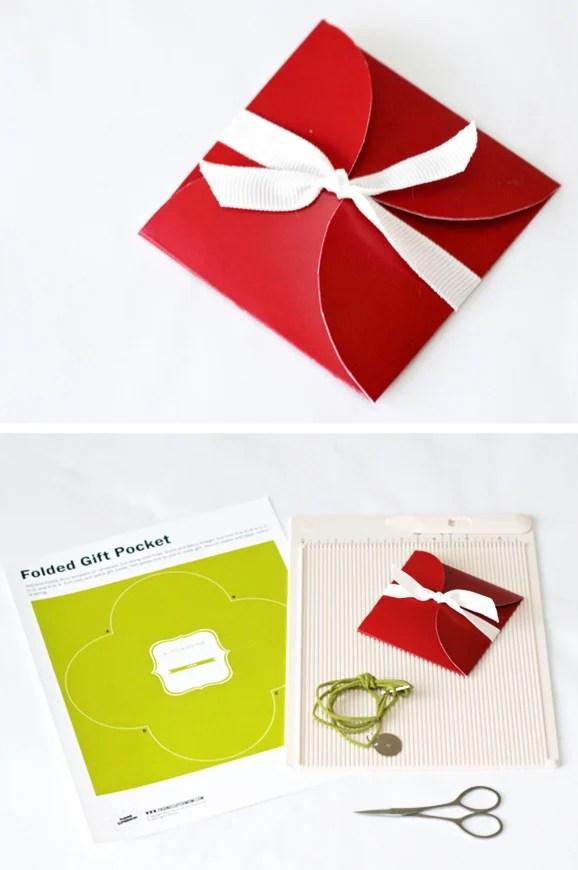 https://i0.wp.com/pagingsupermom.com/wp-content/uploads/2012/11/giftpouch.jpg?w=610