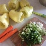 Ingrediente pentru ardei umpluți cu piept de curcan și orez